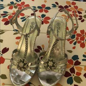 Delicacy Essential Sandals.Silver. W/ Thinestones
